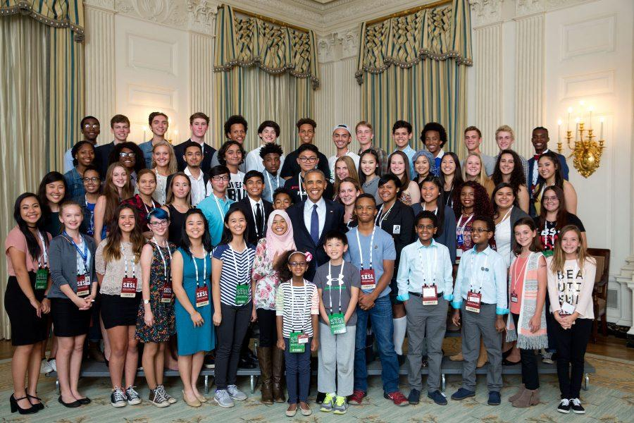 President+Barack+Obama+participates+in+a+group+photo+with+student+filmmakers++in+the+State+Dining+Room+during+the+South+by+South+Lawn+%28SXSL%29+event+at+the+White+House%2C+Oct+3%2C+2016.+%28Official+White+House+Photo+by+Chuck+Kennedy%29%0A%0A
