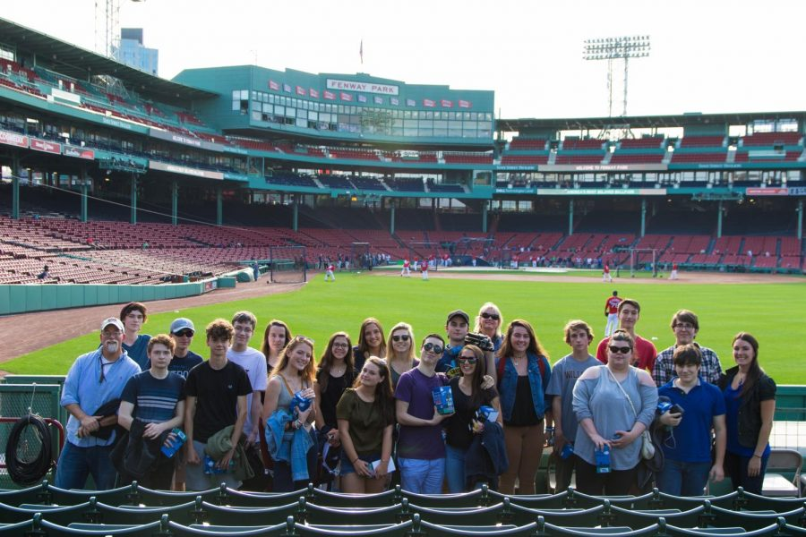 Shepaug+Valley+Students+at+Video+Production+Night+at+Fenway+Park