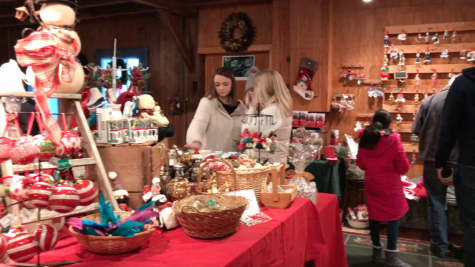 Gilmore Girls Fan Fest brings thousands to Washington Depot
